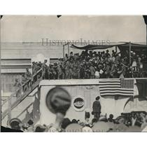 1927 Press Photo Aviator Charles A. Lindbergh in Mexico City