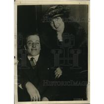 1920 Press Photo $10,000 Winner Alice Louise Secker, Husband Ralph O. Treulich