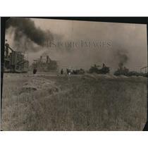1920 Press Photo Farmers