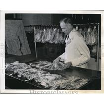 1944 Press Photo Animal pelts at a fur fashion design studio
