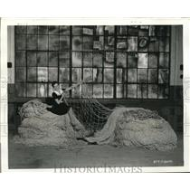 1941 Press Photo Goodyear Aircraft Corp Akron Ohio huge net of cotton
