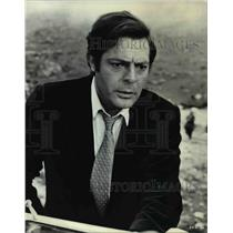 1974 Press Photo Marcello Mastroianni stars in A Place for Lovers - orp21517