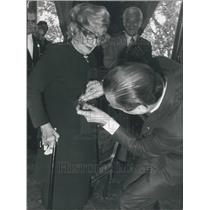 1978 Press Photo Elvire Popesco Receive Merit Medal from Jacques Chirac