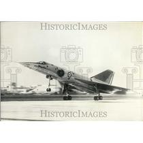 "1961 Press Photo The ""Mirage IV"" During Takeoff"