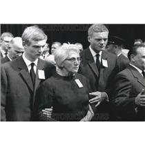 1964 Press Photo Mrs Jeannette Vermeersch & sons at funeral of Maurice Thorez