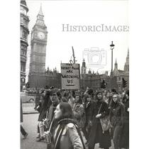 1971 Press Photo Students In Protest Demonstration
