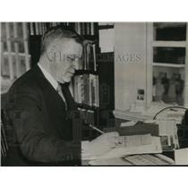 1935 Press Photo Henry Wadsworth Longfellow Dana Accused Communist Crimes