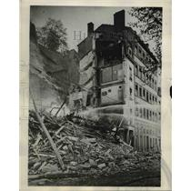 1932 Press Photo 38 persons were entombed at Lyons, France