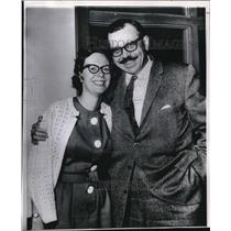 1966 Press Photo Mrs. Barbara Elfbrandt and Attorney W. Edward Morgan in Tucson
