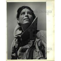 1983 Press Photo Sherrill King begins smoke jumping training - ora46025