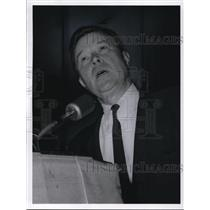 1964 Press Photo Walter Reuther, UAW President speaking at Music hall
