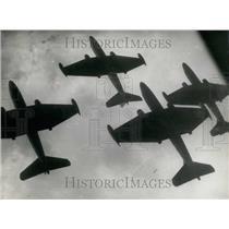 1954 Press Photo New Zealand NATO Fall Maneuvers. Fighter Jets.