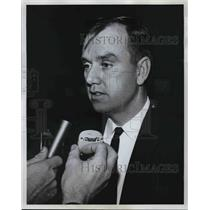 1962 Press Photo Victor Hefferin being interviewed - ora33443