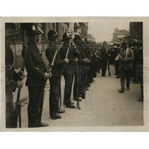 1922 Photo Johannesburg Police ready to face rioters with bayonnets