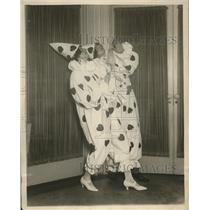 1923 Press Photo Society Girls Dance for Charity in New York