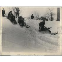 1925 Press Photo Snow Sledders in Quebec, Canada