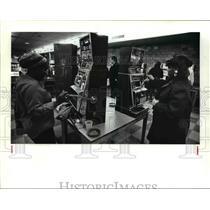 1986 Press Photo Gambling - 451