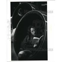 1990 Press Photo Heather Spear Studies in a Bubble Chair