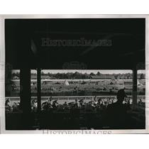 1938 Press Photo Louisville Ky Crowds watch the Ky Derby - nes25699