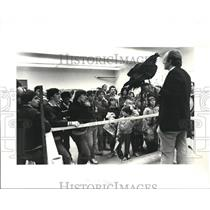 1983 Press Photo The viewers of the Cleveland Museum of natural History