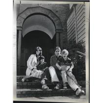 1979 Press Photo Linda and John Bruno with their children, Jonelle and Philip
