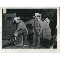 1972 Press Photo The Christensen's check baseball gear. - ora10030