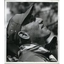 1969 Press Photo Irving Feist, President Boy Scouts of America, Army parachute