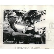1974 Press Photo Kathleen Florendo, machinist&Russell Harris, College Instructor