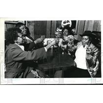 1982 Press Photo Jewell Harris Washington State Lottery, Lorraine Tunkins,