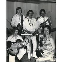 1974 Press Photo La Salle High School Parents' Club Hawaiian Party - ora35358
