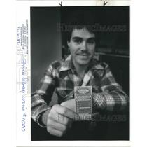 1982 Press Photo Brian Denay wins $1,000 in the lottery - ora19299
