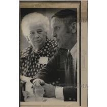1974 Press Photo Frank B. Brouiller and Pearl Wanamaker Discuss Discrimination