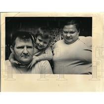 1973 Press Photo Robert Froman, night custodian of Albany school, & wife Lily
