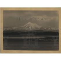 1925 Press Photo Mt.Baker as seen from Oak Bay, Victoria, B.C.