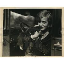 1926 Press Photo NYC Woody Lee Wilson & her pet skunk