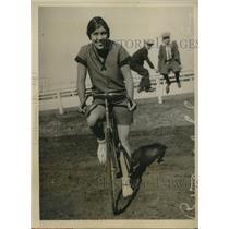 1926 Press Photo Woodside Calif Alda Silva at Tanforan bike race track