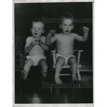 1934 Press Photo Johnny and brother Jimmy who were lost in Palmer woods Penn
