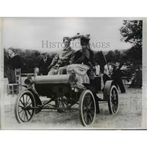 1938 Press Photo of a horseless carriage in Buckfield, Maine - ned94744