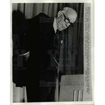1972 Press Photo Spock
