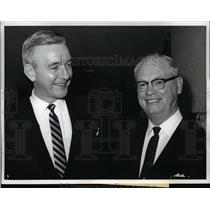 1963 Press Photo of Bertram Powers (L) and Elmer Brown.