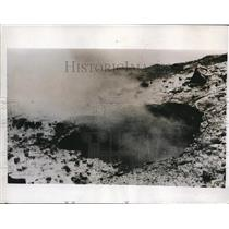 1935 Press Photo Volcano Salfatero Smoking - nee01523