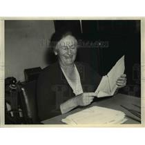 1937 Press Photo Mary Dewson, feminist, political activist. - nee03799