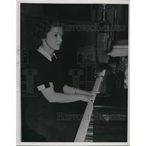 1939 Press Photo Cleveland School Radio - nee02170