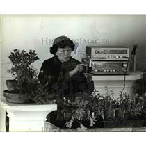 1983 Press Photo Adelma Grenier Simmons The Herb Lady - 326