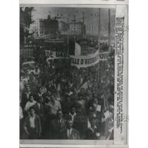 1958 Press Photo of a mass of demonstrators in Algeria.