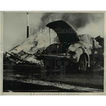 1940 Press Photo Walla Walla Wash burned wrck of auto crash - nee02970