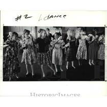 1991 Press Photo The little girls during a dance practice - cva57475