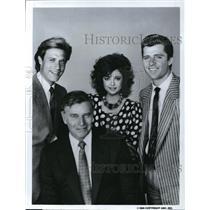 1985 Press Photo John James, Charloton Heston & Emma Samms in Dynasty II: The Co