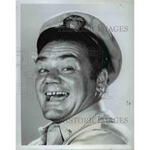 Press Photo Ernest Borgnine McHales Navy - cvp54959