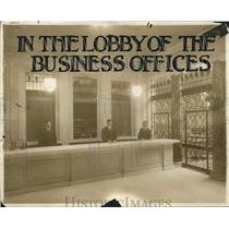 1913 Press Photo Lobby of the Business Office of Cleveland News